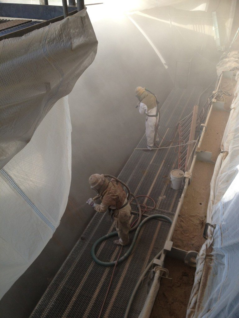 Sandblasting Steel Gate at Spillway