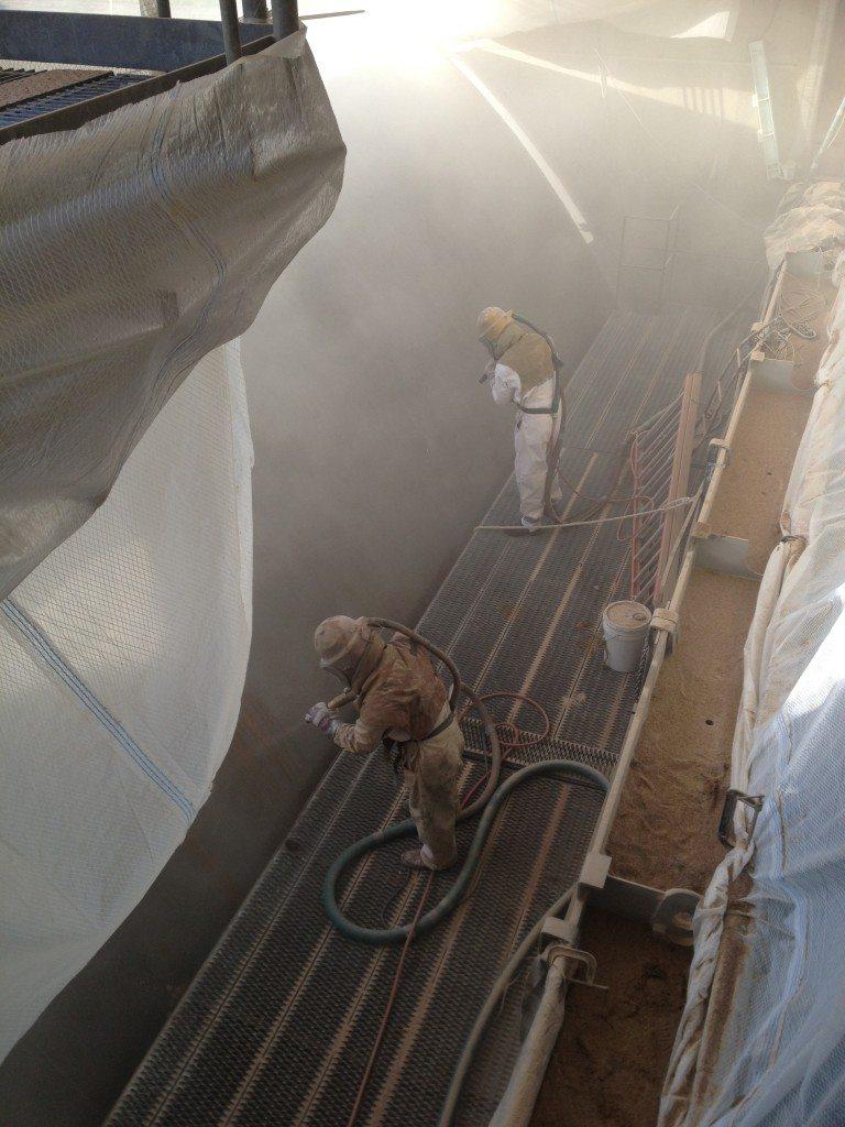 Sandblasting Steel Gate at Spillway