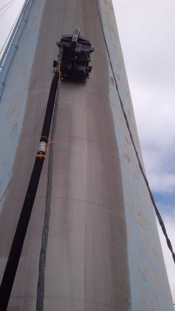 Vacuum Blasting Kentucky Standpipe Tank in Georgetown, KY